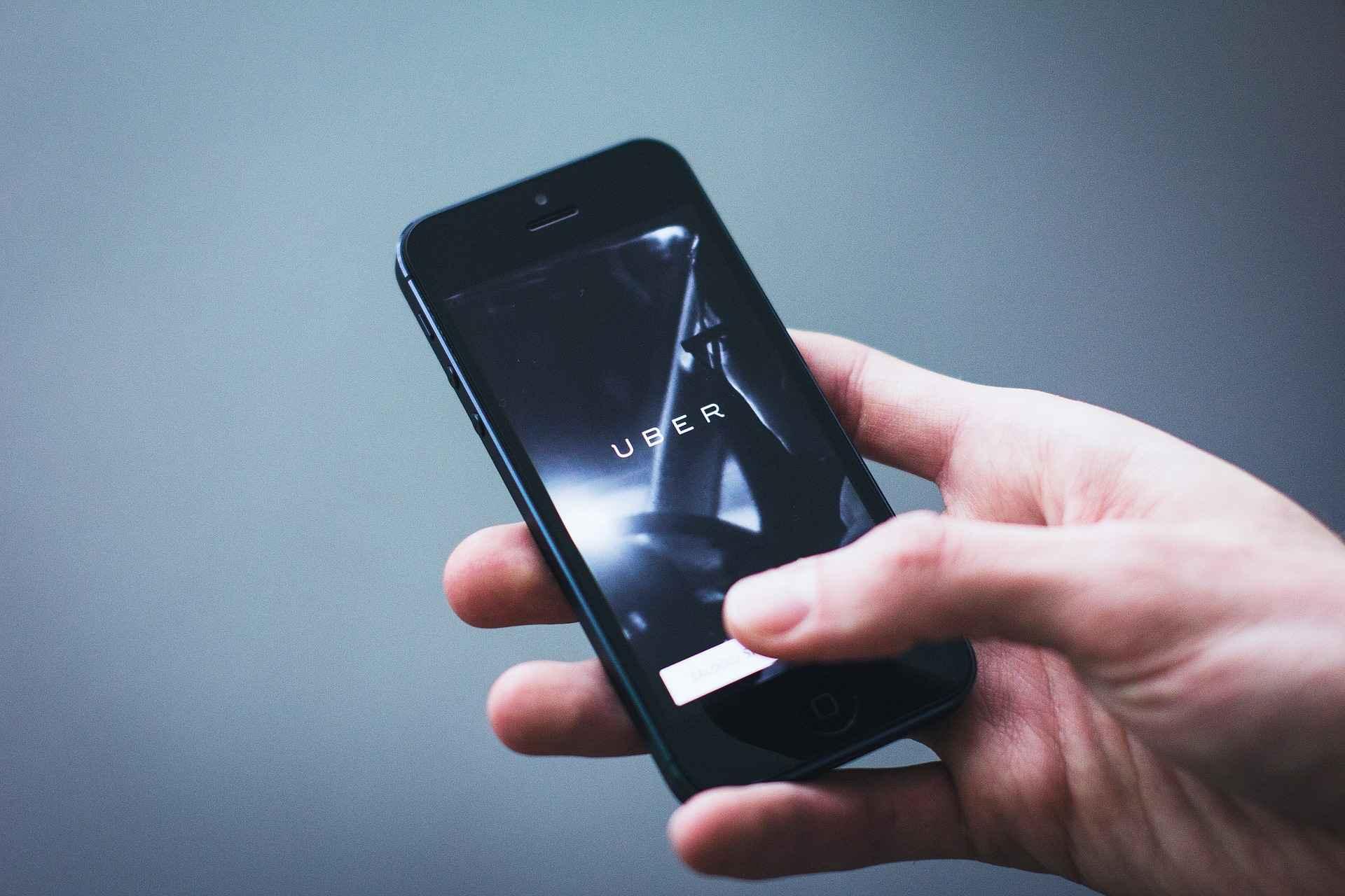 Commande Uber par application