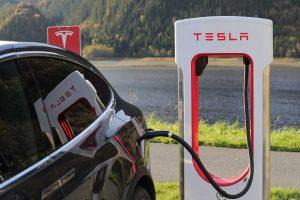 Tesla manquera-t-elle de matière première pour créer ses véhicules électriques ?
