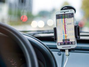 Option GPS sur une voiture Tesla