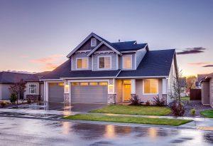 Acheter un bien immobilier pour le louer : quels avantages ?