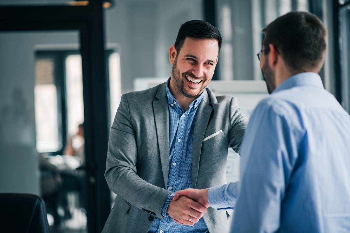 Rechercher des partenariats pour ouvrir une filiale aux USA