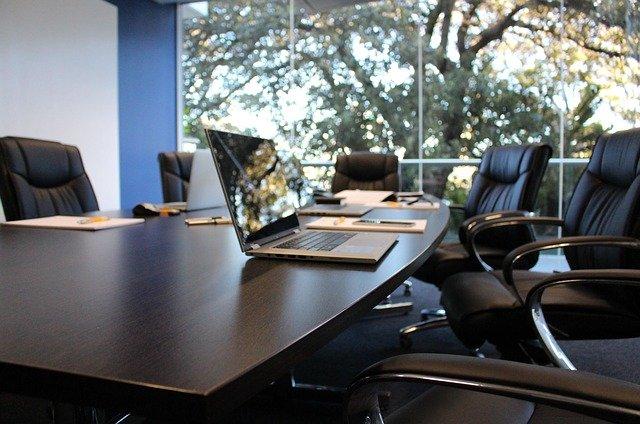 Salle d'un entretien d'embauche