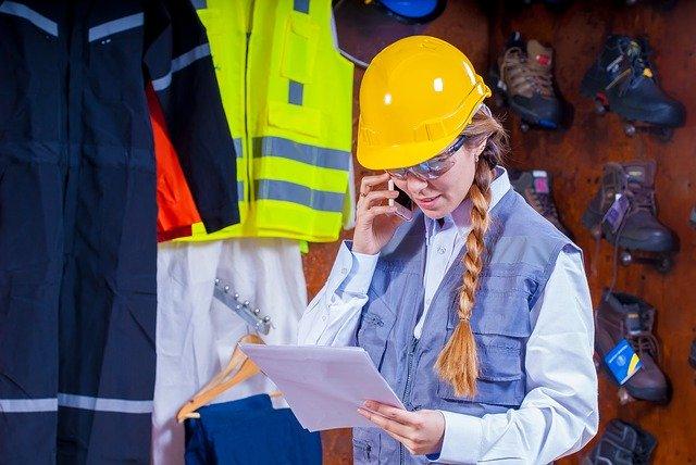 Sécurité au travail : comment prévenir les risques inhérents à votre activité ?