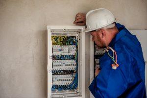 Habilitation électrique : Les principaux concernés